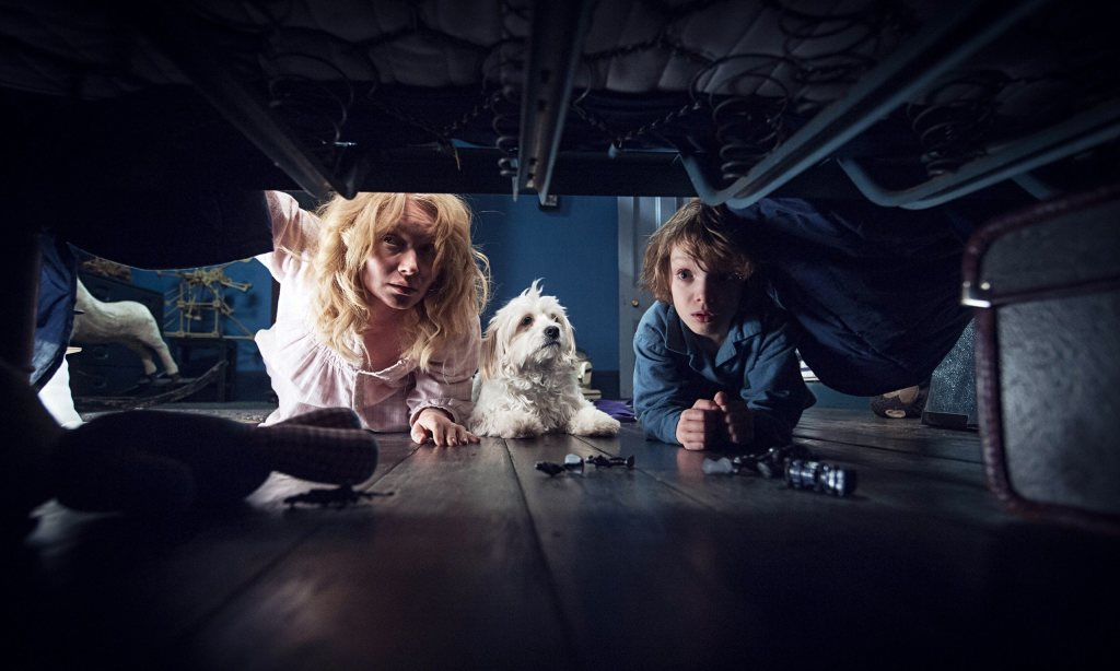 the-babadook-looking-under-bed-images-2015